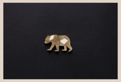 Una_Pagina_en_blanco_catalogo_AR_coleccion_permanente_broches_zoo_II_Oso