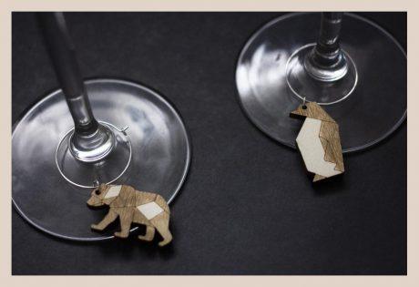 Una_Pagina_en_blanco_catalogo_AR_coleccion_permanente_lifestyle_marcadores_de_copas_zoo_II_1